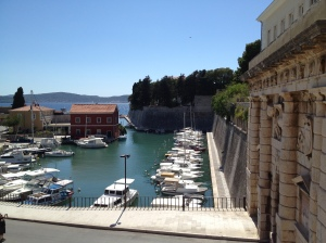 Nice view of the old marina by the ancient gate...