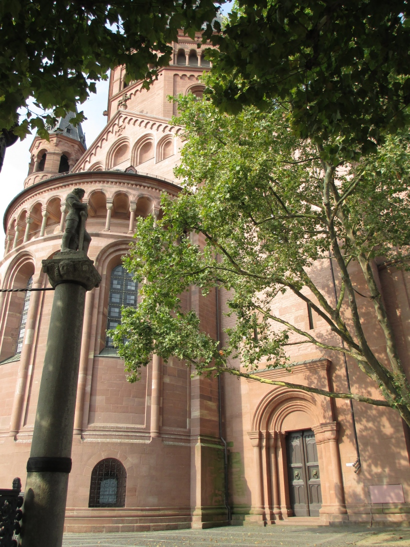 View of the cathedral in Mainz