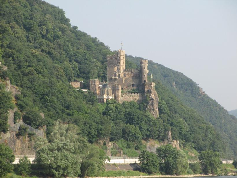 Pretty castle!