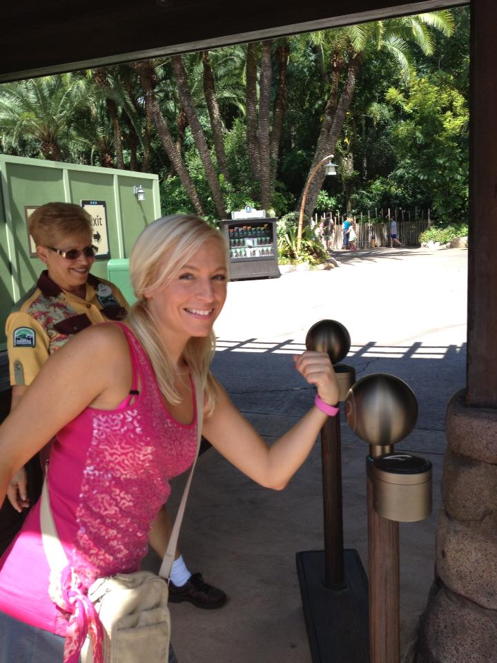 Using the Magic Band to enter Animal Kingdom
