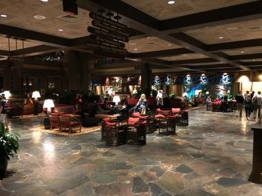 Poly lobby