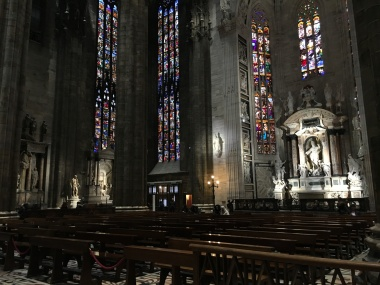 Side altar