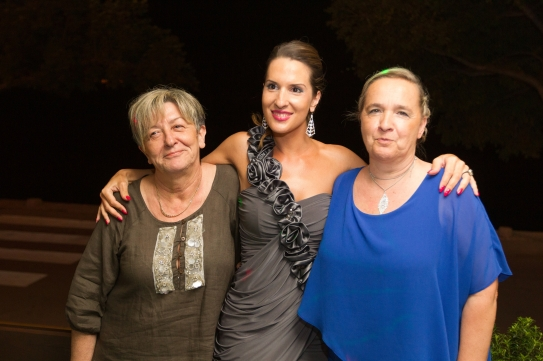 Milos' aunt, sister, and mom