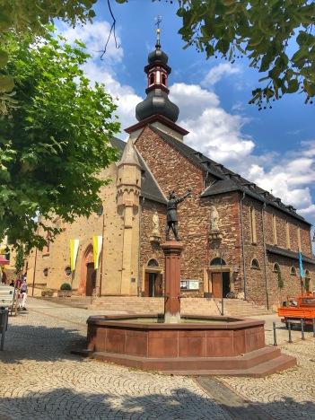 Inside the town of Rüdesheim